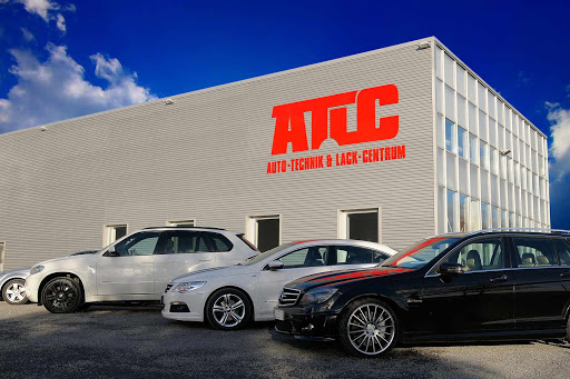 ATLC Werkstatt mit Autos