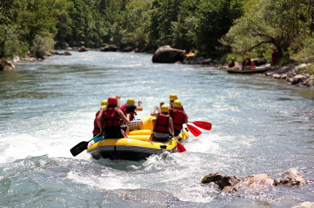 Rafting auf einem Fluss